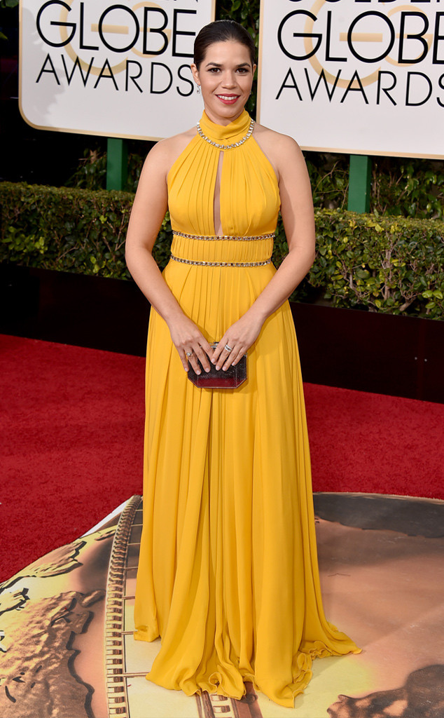 rs_634x1024-160110152251-634-america-ferrera-Golden-Globe-Awards